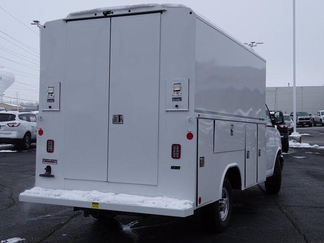2020 Chevrolet Express 3500 4x2, Service Utility Van #3200941 - photo 2