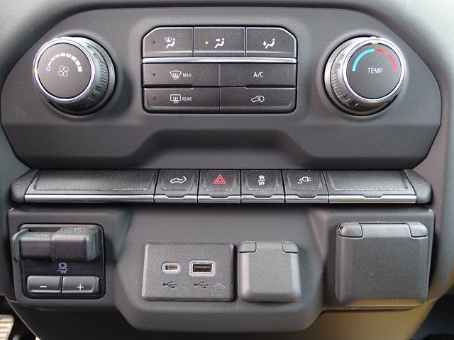 2021 Chevrolet Silverado 2500 Double Cab 4x4, BOSS Snowplow Pickup #3210367 - photo 21
