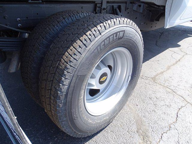 2021 Chevrolet Silverado 3500 Crew Cab AWD, Dump Body #3210382 - photo 11