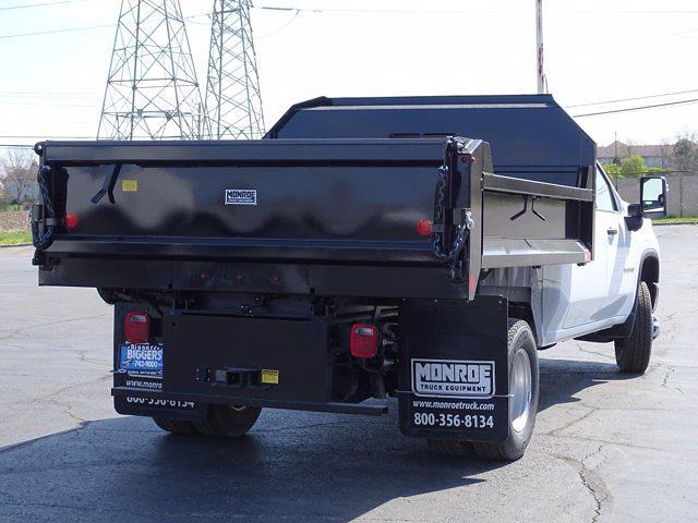 2021 Chevrolet Silverado 3500 Crew Cab AWD, Dump Body #3210382 - photo 2