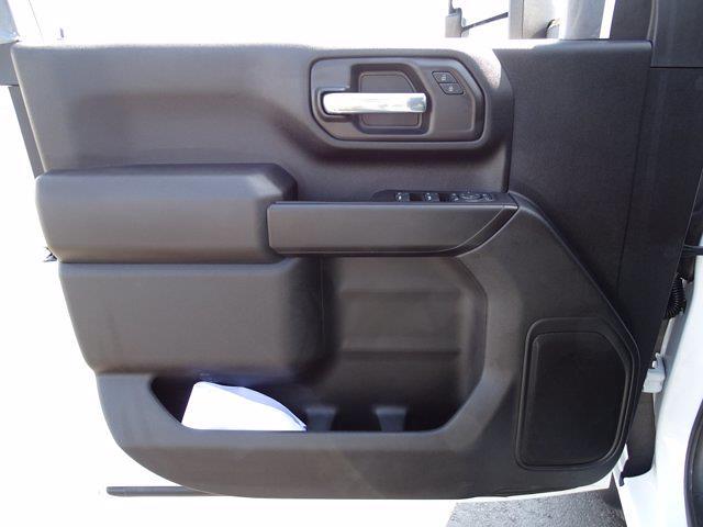 2021 Chevrolet Silverado 3500 Crew Cab AWD, Dump Body #3210382 - photo 17