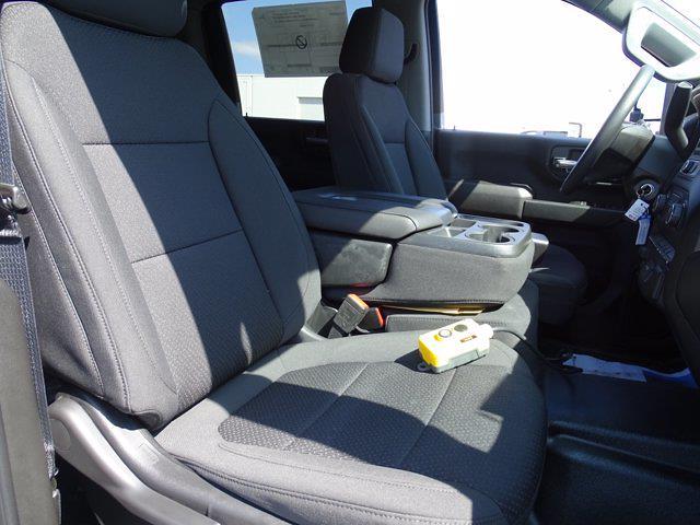 2021 Chevrolet Silverado 3500 Crew Cab AWD, Dump Body #3210382 - photo 7
