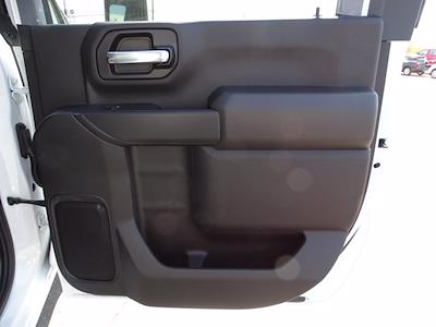 2021 Chevrolet Silverado 3500 Crew Cab AWD, Dump Body #3210382 - photo 10