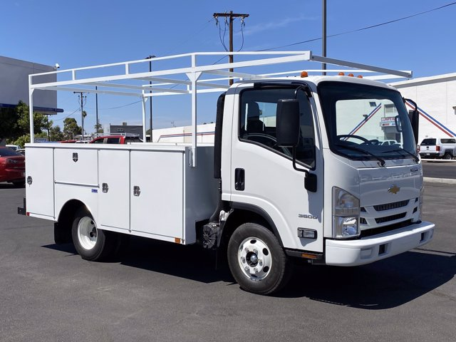 2020 Chevrolet LCF 3500 Regular Cab DRW 4x2, United Truck Bodies Service Body #206776 - photo 1