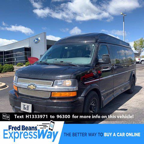 2017 Chevrolet Express 2500 4x2, Passenger Wagon #C10282X - photo 1