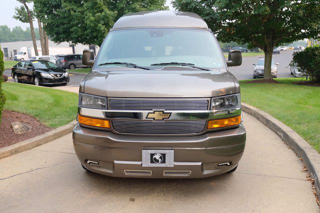 2021 Chevrolet Express 2500 4x2, Passenger Wagon #C10355 - photo 9