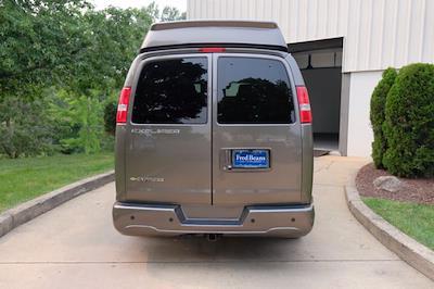 2021 Chevrolet Express 2500 4x2, Passenger Wagon #C10355 - photo 5