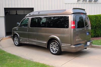 2021 Chevrolet Express 2500 4x2, Passenger Wagon #C10355 - photo 7