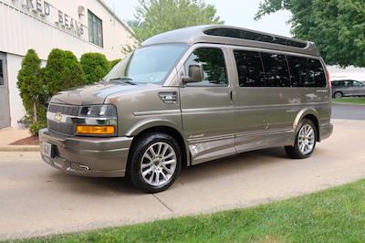 2021 Chevrolet Express 2500 4x2, Passenger Wagon #C10355 - photo 8