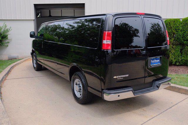 2017 Chevrolet Express 3500 4x2, Passenger Wagon #C10523X - photo 1