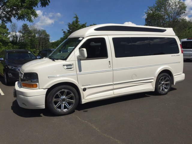 2018 Express 2500 4x2,  Passenger Wagon #C80579 - photo 7