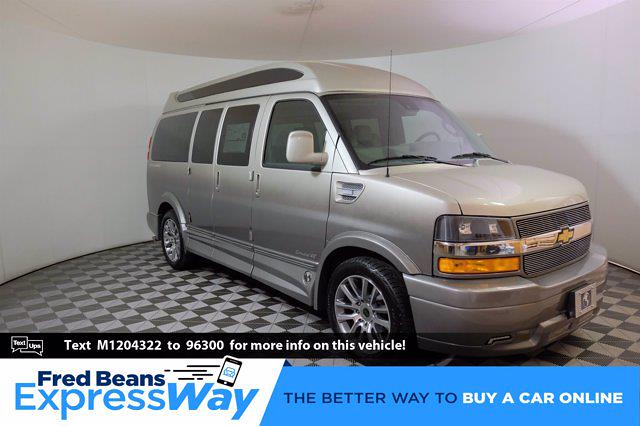 2021 Chevrolet Express 2500 4x2, Passenger Wagon #C10277 - photo 1