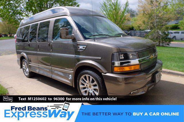 2021 Chevrolet Express 2500 4x2, Passenger Wagon #C10278 - photo 1