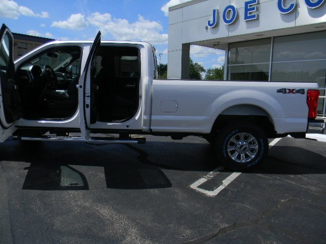 2017 F-250 Crew Cab 4x4 Pickup #T7309 - photo 5