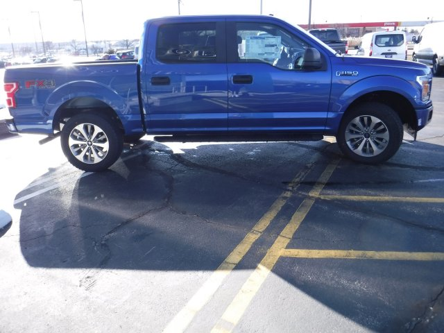 2018 F-150 Crew Cab 4x4, Pickup #T8253 - photo 6