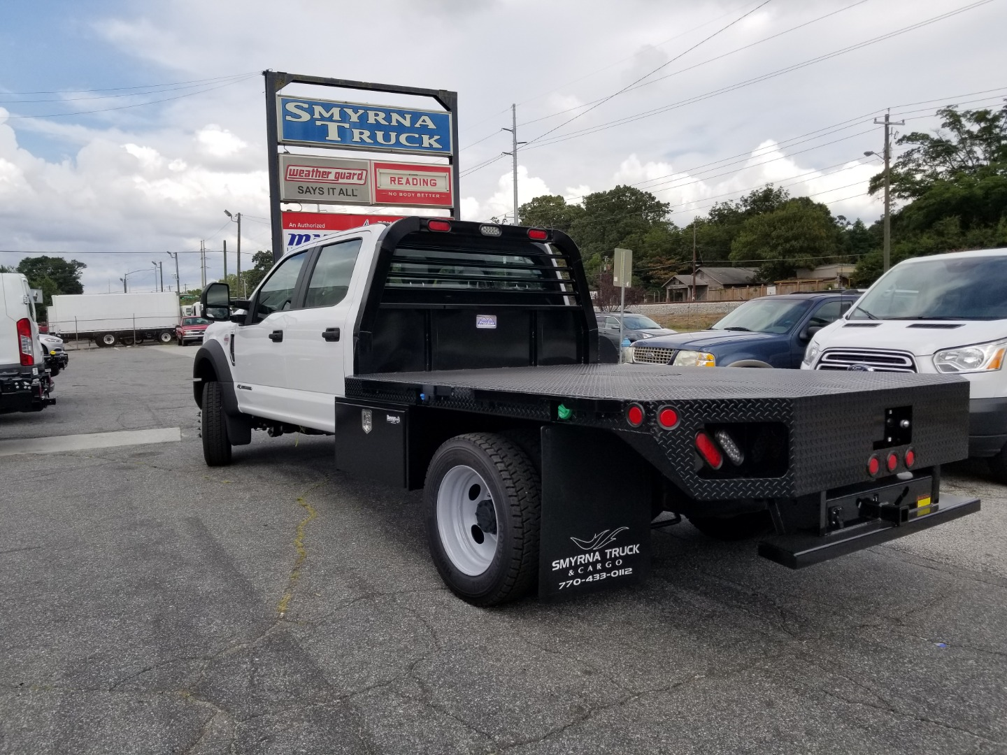 2019 F-450 Crew Cab DRW 4x4,  Freedom Platform Body #5541 - photo 2