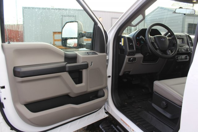 2019 F-450 Regular Cab DRW 4x4,  Cab Chassis #F90116 - photo 15