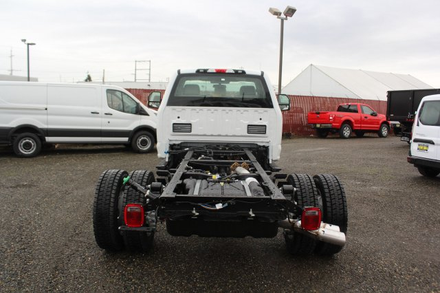 2019 F-550 Regular Cab DRW 4x4,  Cab Chassis #F90209 - photo 12