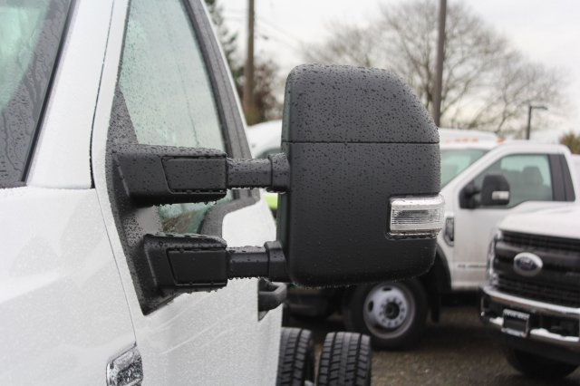 2019 F-550 Regular Cab DRW 4x4,  Cab Chassis #F90209 - photo 7