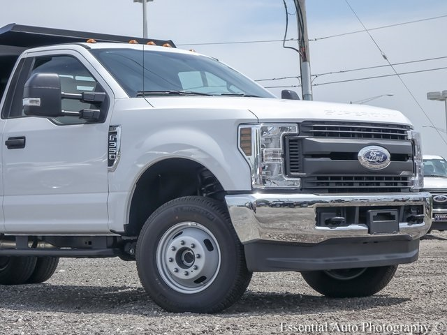 2018 F-350 Regular Cab DRW 4x4,  Monroe Dump Body #NDJ5838 - photo 3