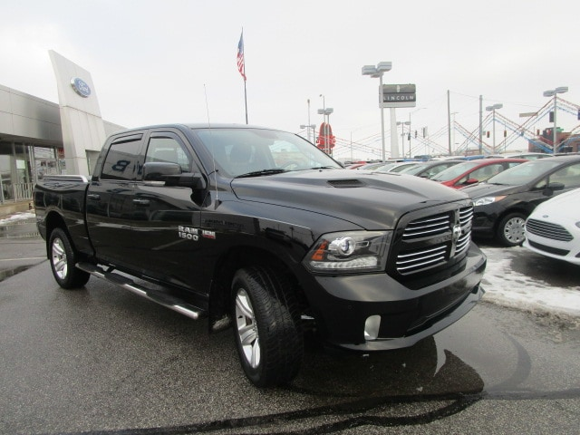 2014 Ram 1500 Crew Cab 4x4, Pickup #31462A - photo 4