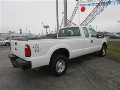 2016 F-250 Super Cab 4x4 Pickup #9779 - photo 2