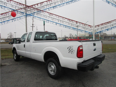 2016 F-250 Super Cab 4x4 Pickup #9779 - photo 3