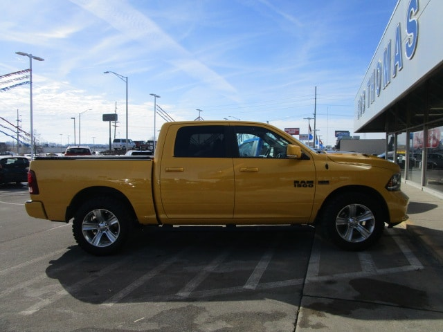 2016 Ram 1500 Crew Cab 4x4, Pickup #9803 - photo 7