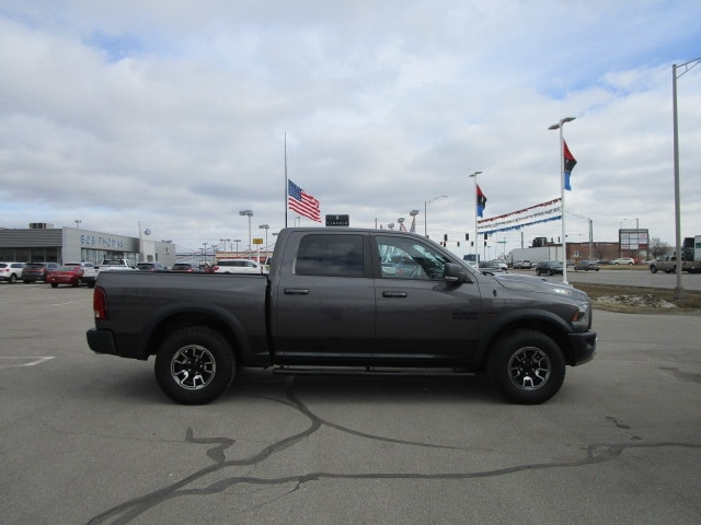 2015 Ram 1500 Crew Cab 4x4, Pickup #9804 - photo 5