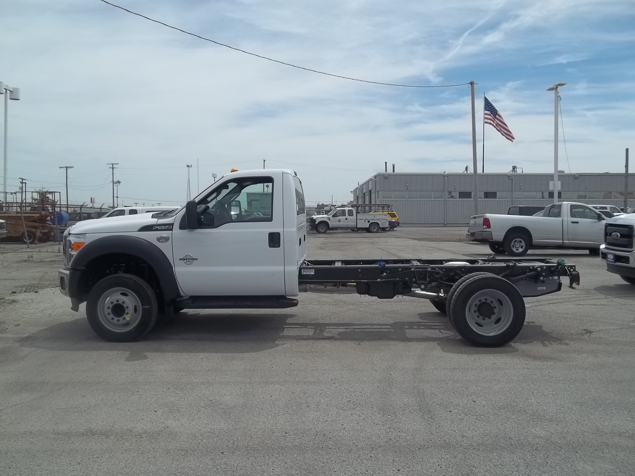 2016 F-550 Regular Cab DRW, Cab Chassis #F31292 - photo 18