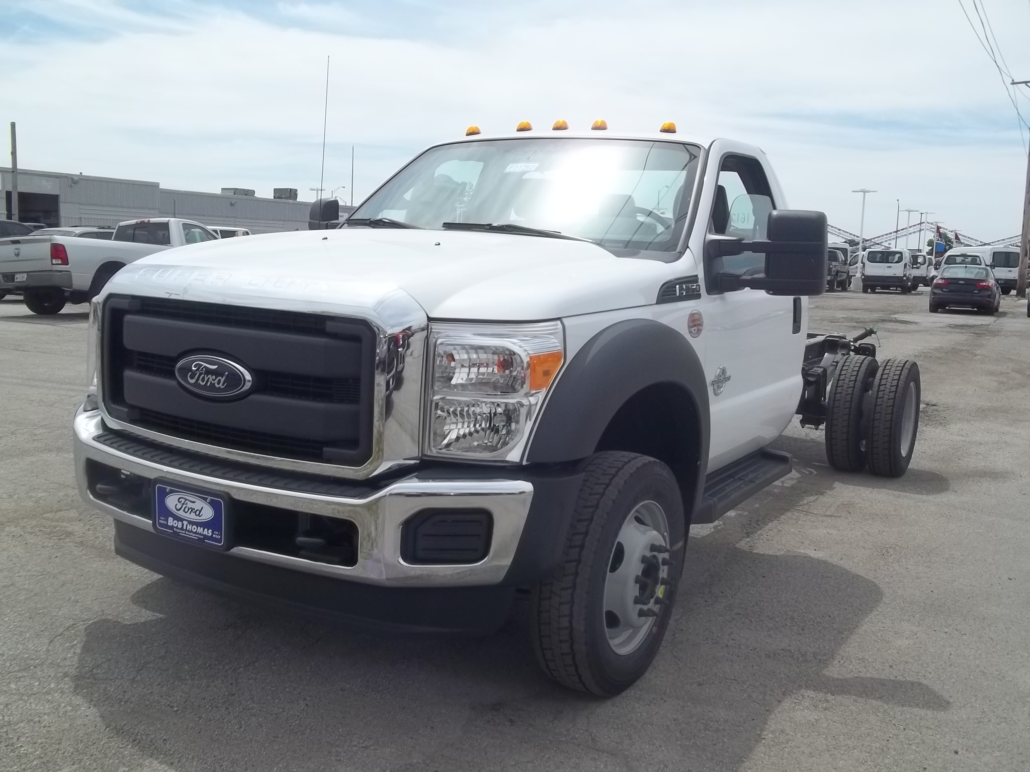 2016 F-550 Regular Cab DRW, Cab Chassis #F31292 - photo 3