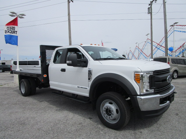 2017 F-450 Super Cab DRW 4x4, Knapheide Platform Body #F31397 - photo 4