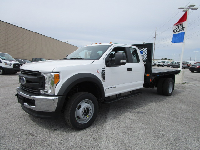 2017 F-450 Super Cab DRW 4x4, Knapheide Platform Body #F31397 - photo 3