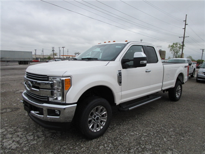 2017 F-250 Super Cab 4x4 Pickup #F31403 - photo 3
