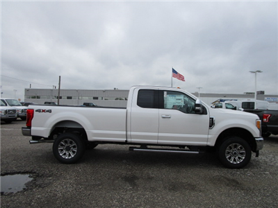 2017 F-250 Super Cab 4x4 Pickup #F31403 - photo 23