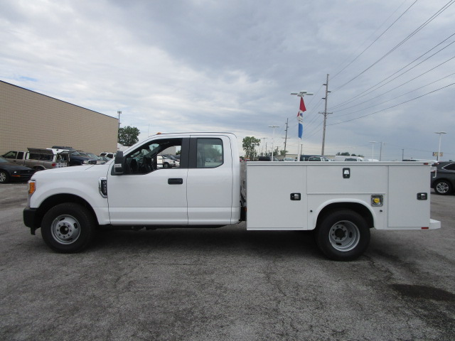 2017 F-350 Super Cab DRW, Knapheide Service Body #F31411 - photo 17