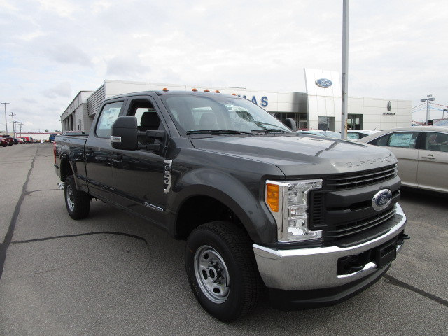 2017 F-250 Crew Cab 4x4 Pickup #F31444 - photo 5
