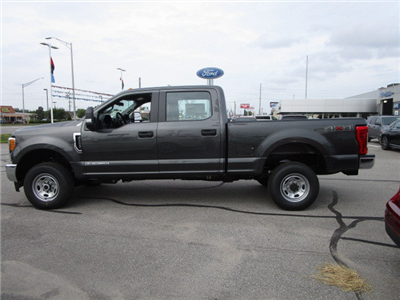 2017 F-250 Crew Cab 4x4 Pickup #F31444 - photo 19