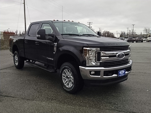 2018 F-350 Crew Cab 4x4, Pickup #F31463 - photo 8