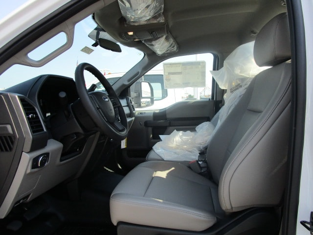 2019 F-550 Regular Cab DRW 4x2,  Cab Chassis #F31575 - photo 6