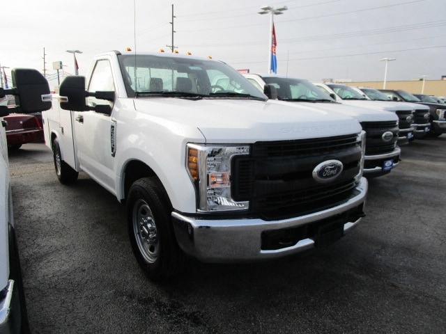 2018 F-350 Regular Cab 4x2,  Reading Service Body #F31626 - photo 5