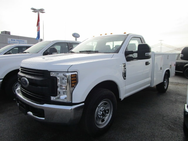 2018 F-350 Regular Cab 4x2,  Reading Service Body #F31626 - photo 3