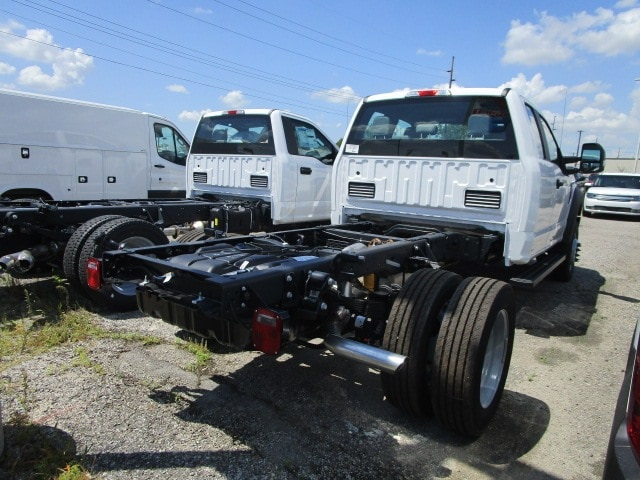 2019 Ford F-550 Super Cab DRW 4x4, Cab Chassis #F31772 - photo 1