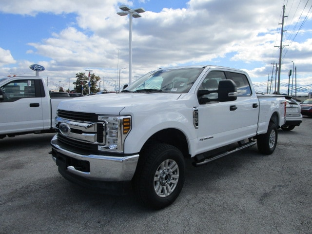 2018 F-250 Crew Cab 4x4,  Pickup #F9892 - photo 3