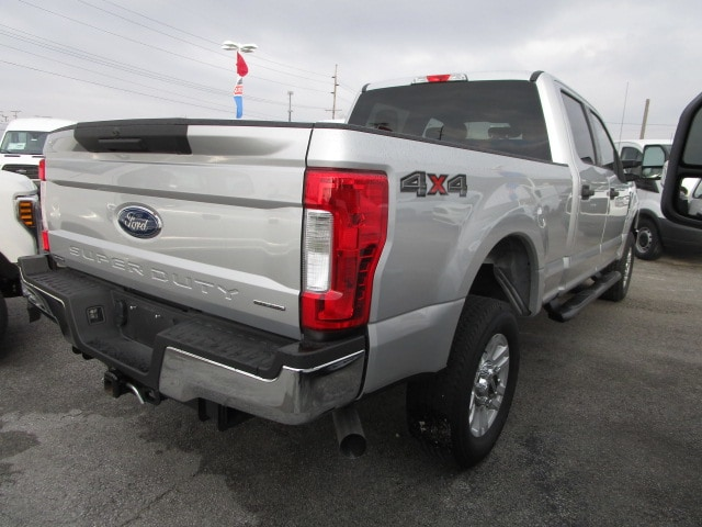 2018 F-250 Crew Cab 4x4,  Pickup #F9903 - photo 2