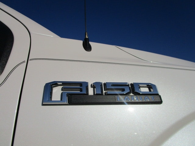 2015 F-150 SuperCrew Cab 4x4,  Pickup #P5881 - photo 22