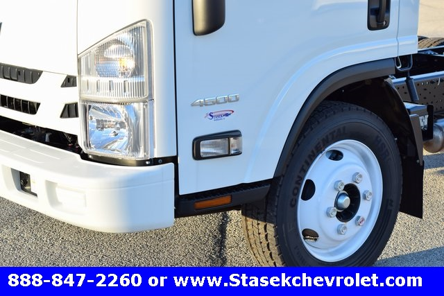 2016 Low Cab Forward Regular Cab, Cab Chassis #166863 - photo 6