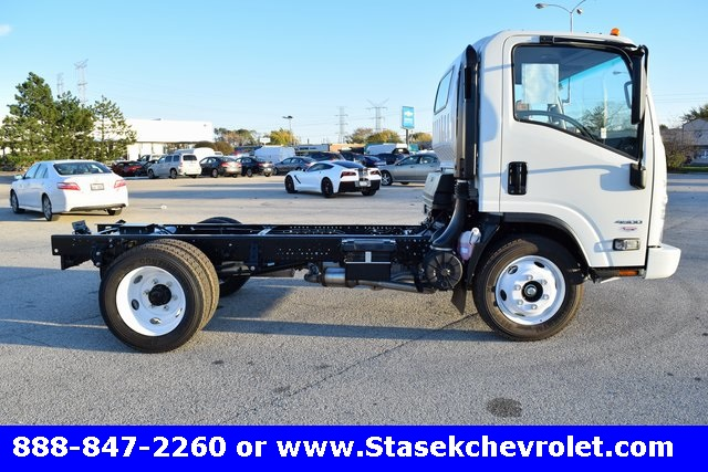2016 Low Cab Forward Regular Cab, Cab Chassis #166863 - photo 22