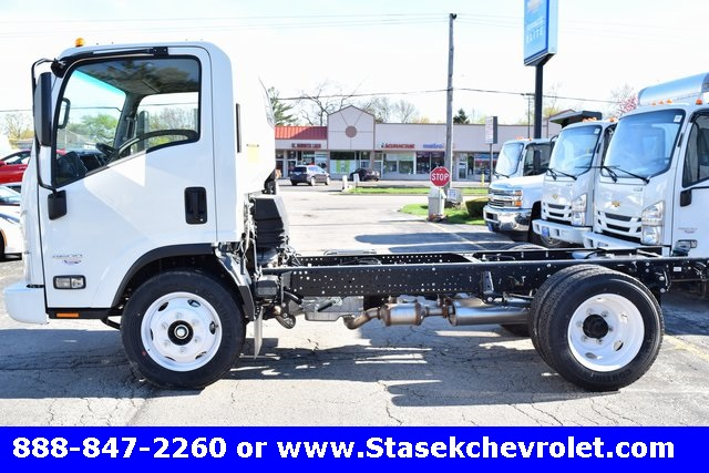 2016 Low Cab Forward Regular Cab, Cab Chassis #166890 - photo 11