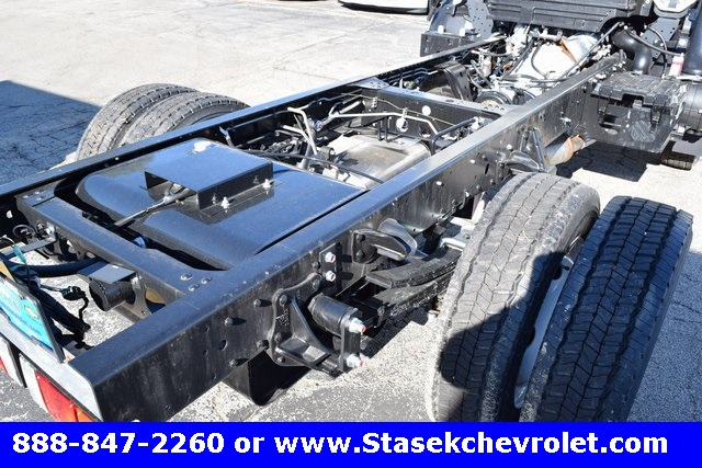 2016 Low Cab Forward Regular Cab Cab Chassis #166890 - photo 13